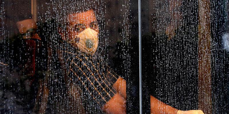 İran'dan koronavirüsle mücadele için acil sağlık malzemesi ve ilaç yardımı çağrısı