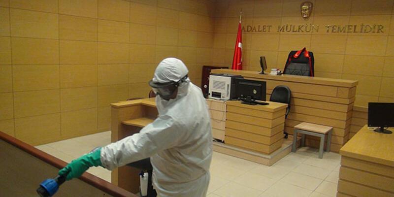 İstanbul Anadolu Adliyesi'nde koronavirüs tedbiri