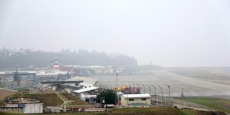 Trabzon'da sis nedeniyle uçuşlar yapılamıyor
