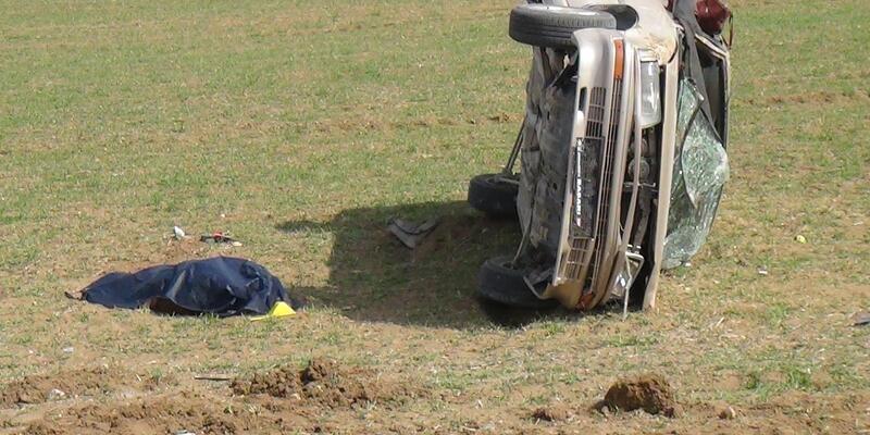 Kontrolden çıkan araç takla attı; 1 ölü, 1 yaralı
