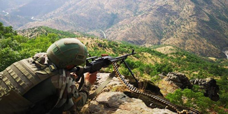 Türkiye-İran sınırında 2 terörist yakalandı