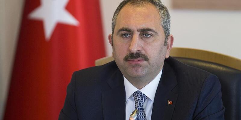 Son dakika: Bakan Gül'den flaş açıklama: Karantinaya uymamak suçtur