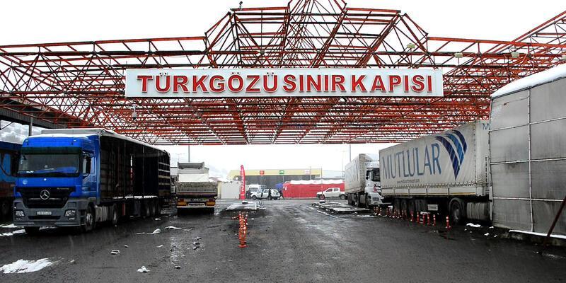 Türkiye'nin iki sınır kapısı yolcu geçişine kapatıldı