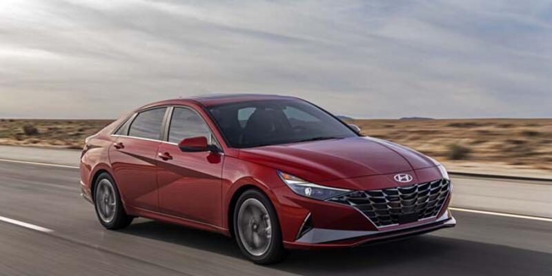 Hyundai Elantra'yı tamamen yeniledi