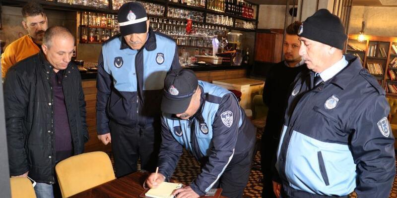 Ankara'da kapatılan eğlence yerlerine zabıta denetimi yapıldı