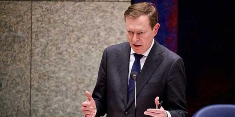 Hollanda'da Sağlık Bakanı istifa etti
