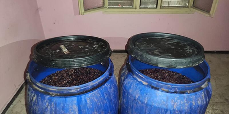 Adana'da 3 bin 410 litre sahte içki ele geçirildi