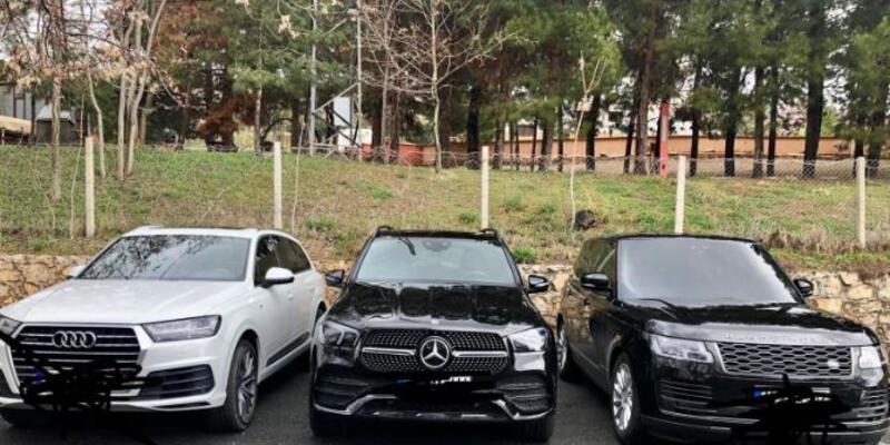 Yurt dışından sahte belgeyle lüks araç getiren çeteye operasyon