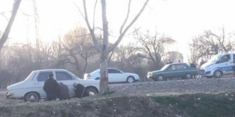 65 yaş üstü 3 kişi, polise yakalanmamak için otomobilin arkasına saklandı