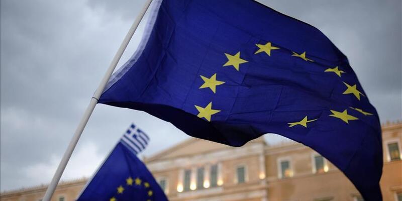 AB, Arnavutluk ve Makedonya ile üyelik müzakerelerine başlıyor