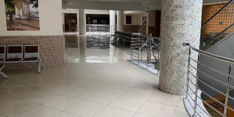 Adliye koridorları boş kaldı