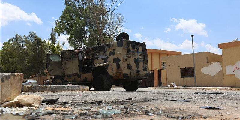 Libya Ulusal Mutabakat Hükümeti birliklerindenHaftergüçlerine karşı 'Barış Fırtınası' operasyonu