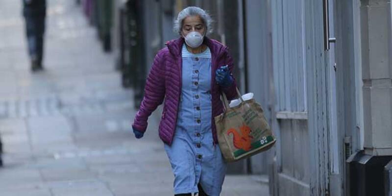 İngiltere'de koronavirüs nedeniyle ölenlerin sayısı 465 oldu