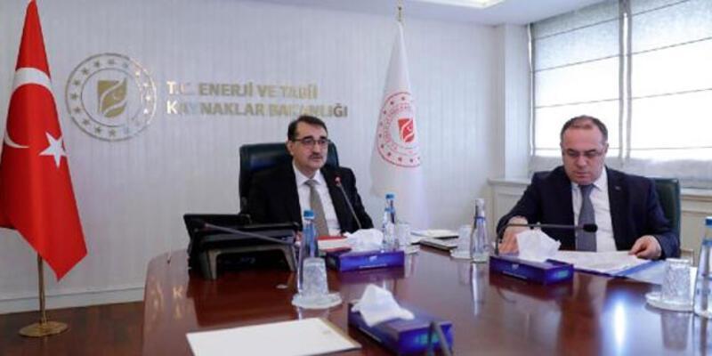 Bakan Dönmez'den elektrik ve doğal gaz açıklaması