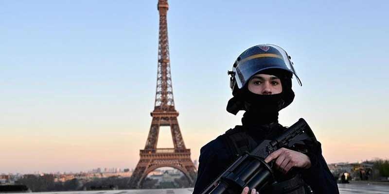 Fransa, Kovid-19 nedeniyle serbest dolaşımın sınırlandırma süresini uzattı