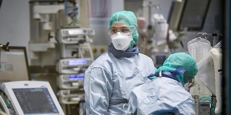 Koronavirüsün Avrupa'daki merkezi İtalya'da 46 doktor hayatını kaybetti