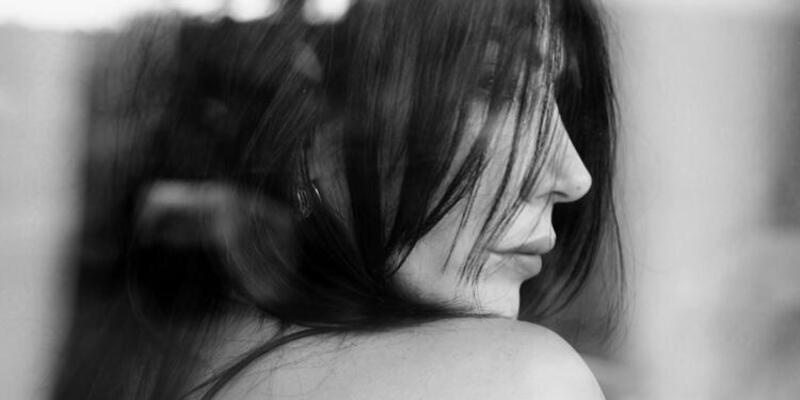 Hande Yener: Bu şarkı günümüzü anlatıyor