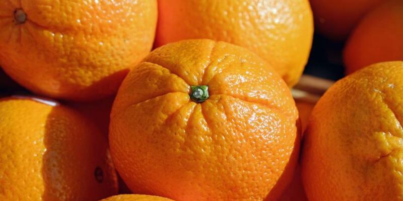 Aşırı C vitamini tüketimi, idrar kaçırmaya yol açabilir