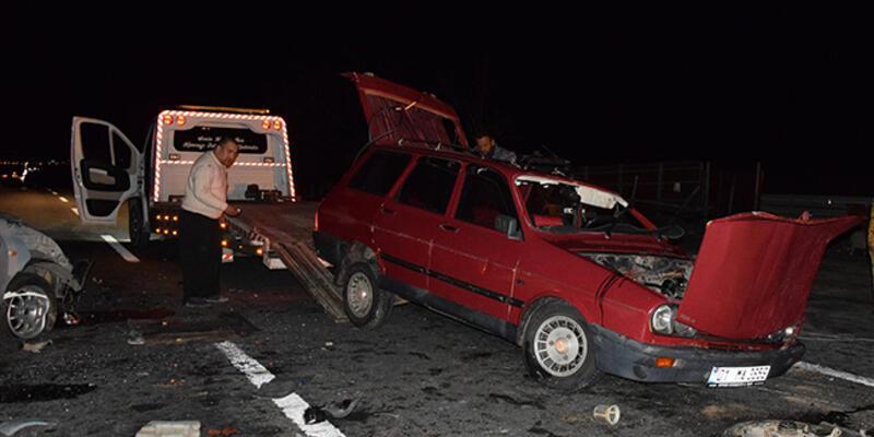 Konya'da iki otomobil çarpıştı: 1 ölü, 3 yaralı