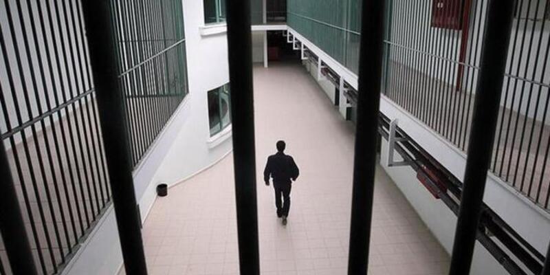İnfaz düzenlemesine geçici madde: Açık cezaevlerinde kalan 70 bin mahkuma evde korona izni
