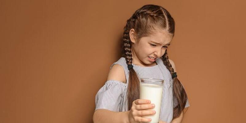 Laktoz intoleransının belirtileri nelerdir ve nasıl başa çıkabiliriz?
