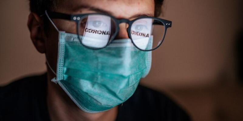 Koronavirüs sırasında gözlük ve lens kullanımına dikkat
