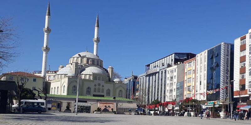 Esenler'de Dörtyol Meydanı ile Davutpaşa Caddesi yaya trafiğine de kapatıldı