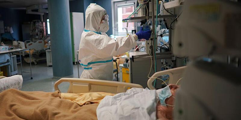 İtalya'da ölü sayısı 18 bin 279'a yükseldi