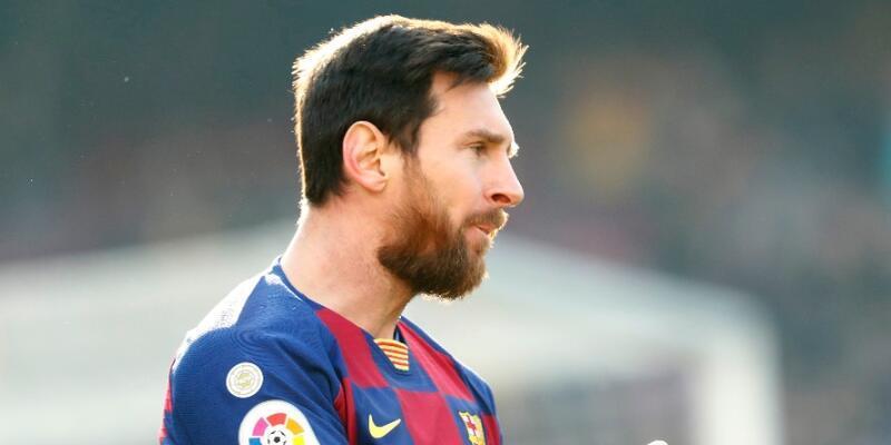 Messi transfer iddialarına yanıt verdi