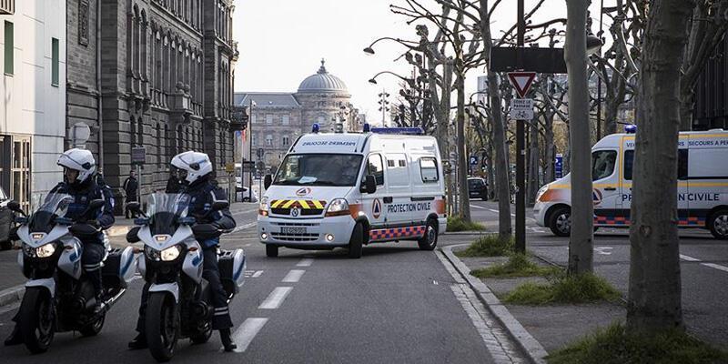 Fransa'da koronavirüsten can kaybı 17 bin 920'ye yükseldi