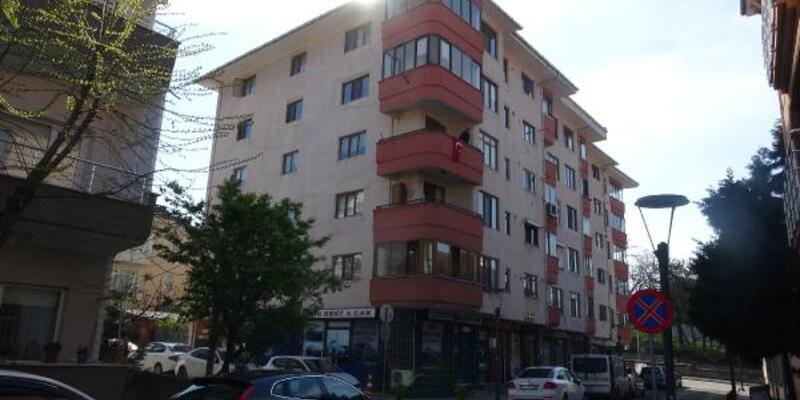 5 katlı apartman virüs nedeniyle karantinaya alındı