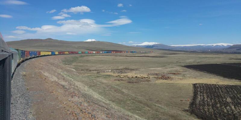 Dev ihracat treni Kars'tan yola çıktı