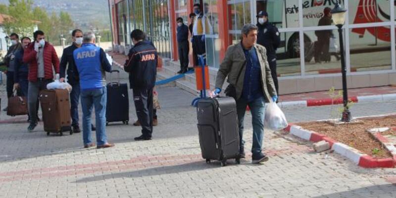 Karantina süreleri dolan 320 kişi Tokat'tan evlerine döndü