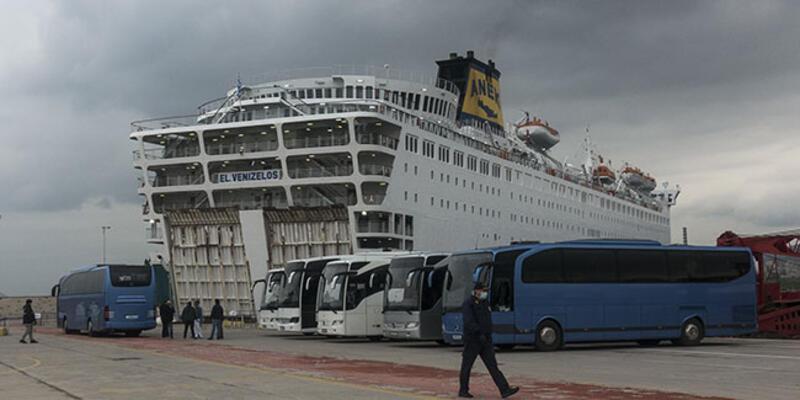 14 gün karantinada kaldılar! Dev gemideki Türk yolcular getirildi