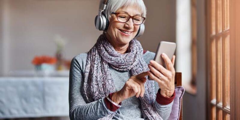 Uzmanından uyarı: Yaşlılarla görüntülü konuşun