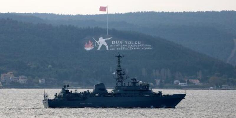Rus keşif gemisi 'Ivan Khurs' Çanakkale Boğazı'ndan geçti