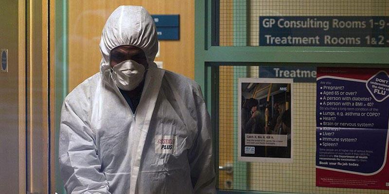ingiltere'de son 24 saatte 449 kişi hayatını kaybetti
