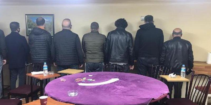 Ankara'da kumar baskını: 13 kişiye 56 bin 875 lira ceza kesildi