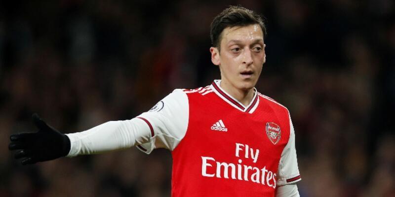 Mesut Özil'den maaş kesintisi kararı