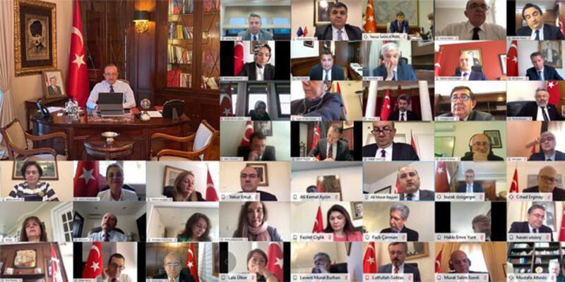 Bakan Çavuşoğlu, yurt dışı temsilcileriyle Kovid-19'un etkilerini değerlendirdi