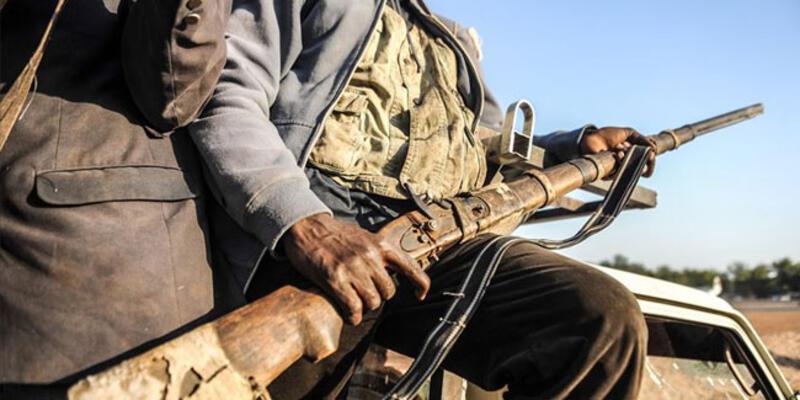 Nijerya'da 146 silahlı çete üyesi yakalandı