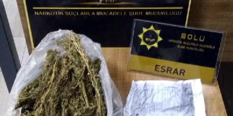 Kamyonette 332 gram esrar ele geçirildi