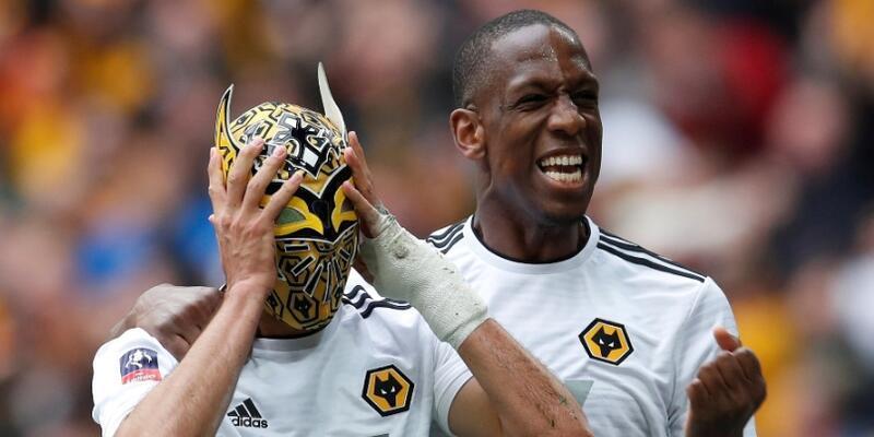 Watford futbolcu maaşlarını erteledi