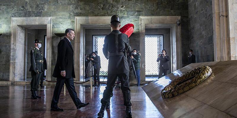 Milli Eğitim Bakanı Ziya Selçuk, Anıtkabir'i ziyaret etti