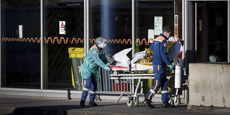 Fransa'da koronavirüsten can kaybı 21 bin 856'ya yükseldi