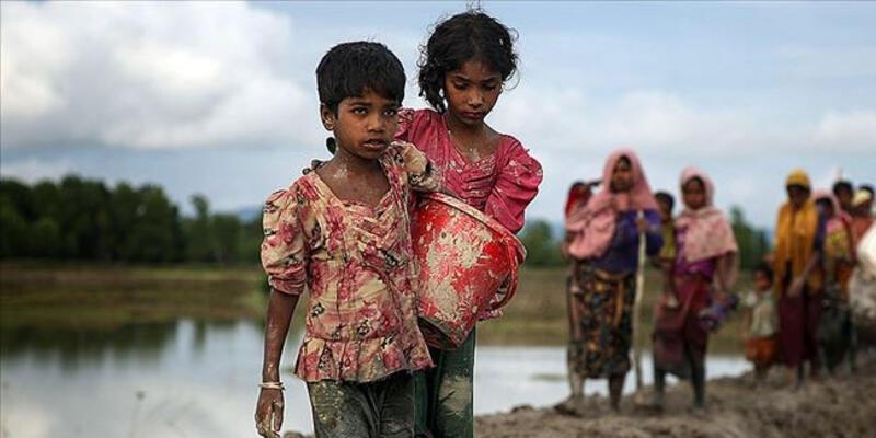 """Bangladeş'e """"Arakanlı Müslümanları kabul et"""" çağrısı"""
