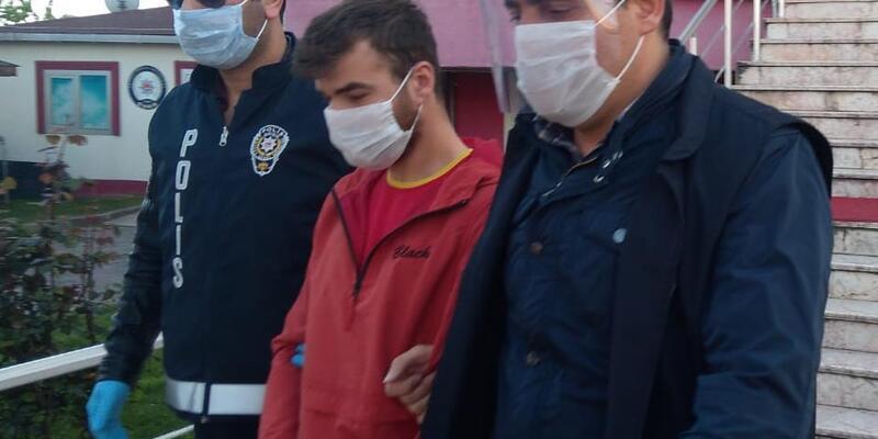 Pencerede İstiklal Marşı okuyan kadını yaralayan maganda yakalandı