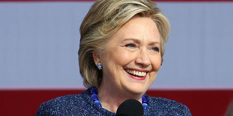 Hillary Clinton'dan 2020 seçimleri için Joe Biden'a destek