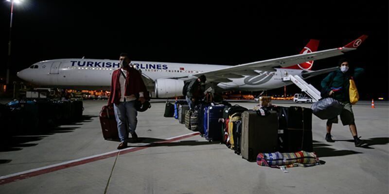 Hindistan'dan getirilen 87 Türk vatandaşı karantinaya alındı