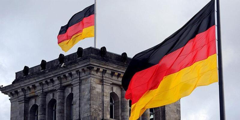 """Almanya'da eşcinselliği """"hastalık"""" olarak niteleyen doktor görevden alındı"""